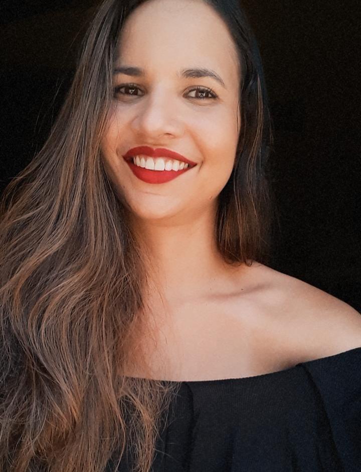 Ana Carolina Candido de Melo